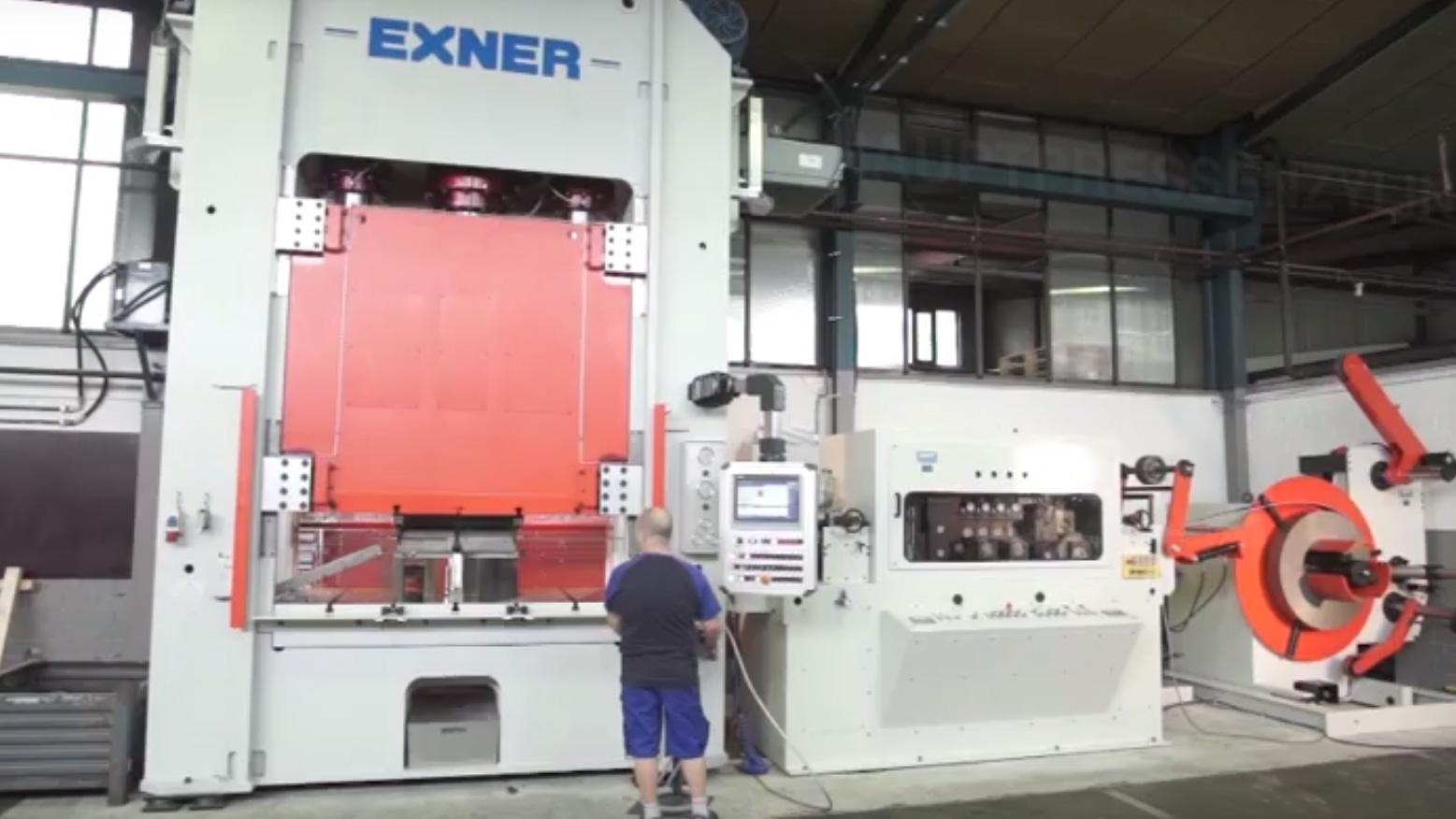 Hydraulische Doppelständerpresse mit Presskraft 4000 kN